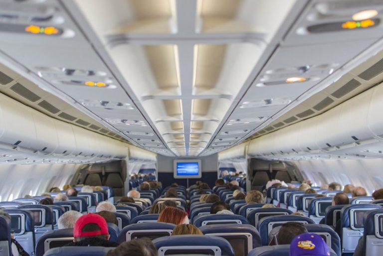 Verkehrsmittelreinigung vom Flugzeug - Reinigungsdienst